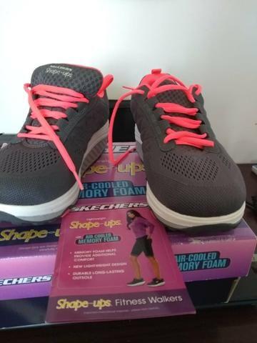 8c4fff8065b Tenis skechers shape ups air cooled memory foam - Roupas e calçados ...