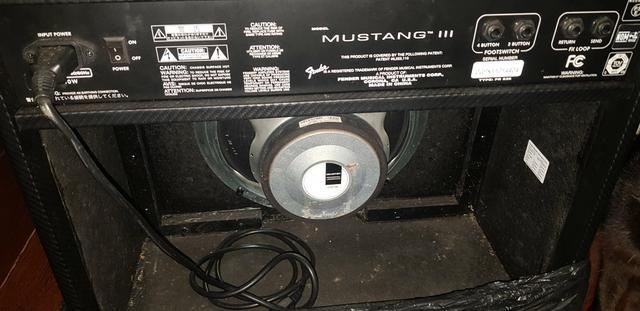 Amplificador Fender Mustang 3 - Foto 3