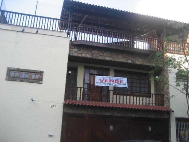 Casa com 03 Quartos próximo ao Fórum de Nilópolis, sua oportunidade para a casa própria