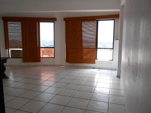 Excelente sala, Niterói Shopping, com linda vista para a Baía de Guanabara - Foto 5