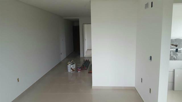 Apartamento semi mobiliado 2 dormitório sendo 1 suíte bem localizado nós ingleses - Foto 16