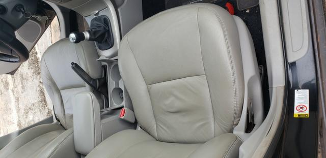 Toyota corolla xei 1.8 flex 2009 Bem Conservado, todo revisado, pneus novos. Somente Venda - Foto 11
