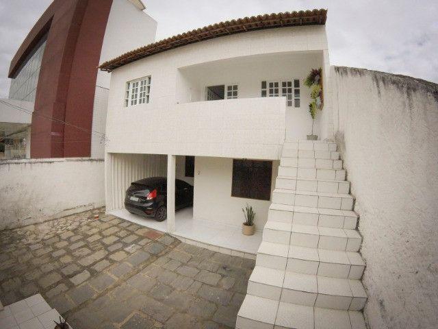 Casa no Catolé - Espaço ideal para clínicas. Terreno 405m² - Foto 11