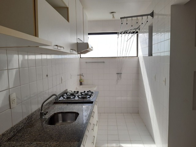 Apartamento com 2 dormitórios, sendo 2 suítes, 70 m² por R$ 1.400/mês - Cond. Solar do Atl - Foto 5