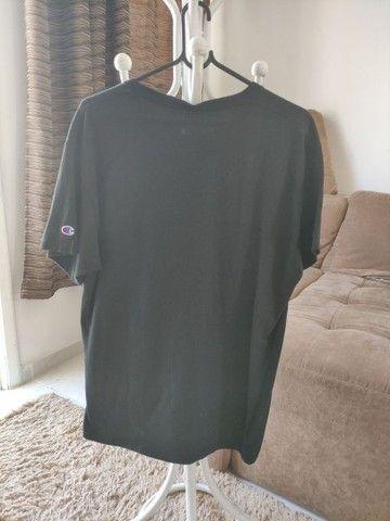 Camisa Champion usada 1 vez apenas! - Foto 2