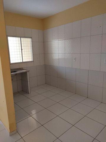R$ 550,00,ZAP 9  * casa ,2 quartos , 2 banheiro,sala ,cozinha ,varanda e garagem.  - Foto 6