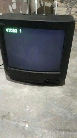 TV 14 polegadas pegando