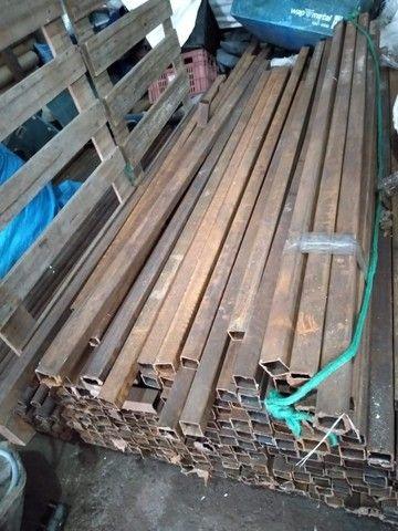 Vendo metalon 40x40 parede de 2mm - 5 reais o kg