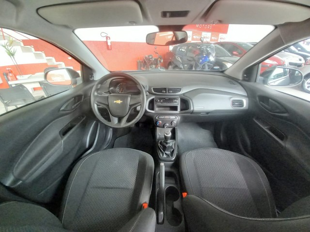 Chevrolet Onix 1.0 Flex LT Manual - Foto 9