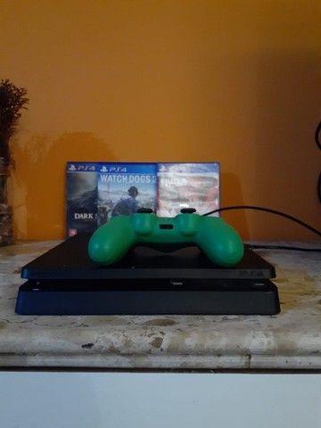 Playstation 4 Slim 1tb com 40 jogos.