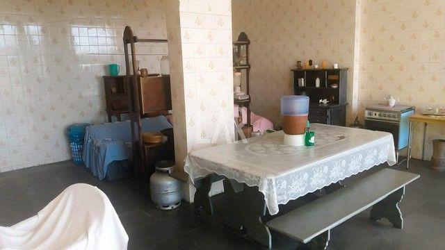 Casa com 04 quartos e excelente localização - Foto 14