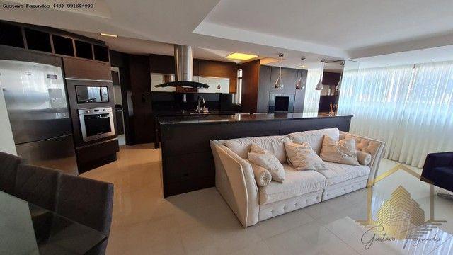 Apartamento para Venda, Estreito, 3 dormitórios, 3 suítes, 4 banheiros, 2 vagas