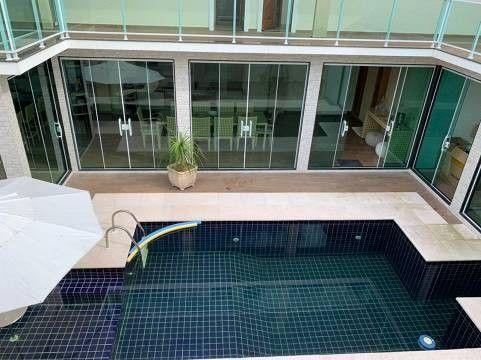 Maravilhosa casa de alto padrão em Nova Itaúna