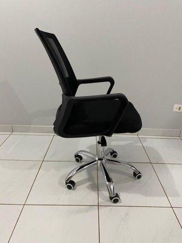 Cadeira para escritório (nova)