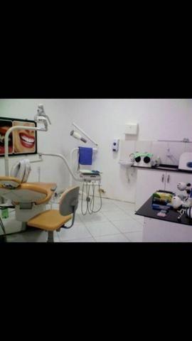 Clínica odontológica em funcionamento