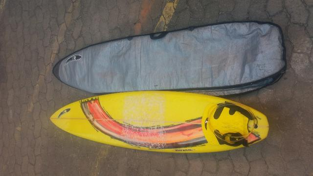 Vendo Prancha de Surf Avelino Bastos 6'10