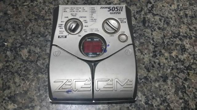 Pedaleira zoom 505ll guitar