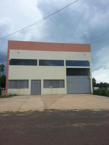 Galpão Comercial - 901 Sul