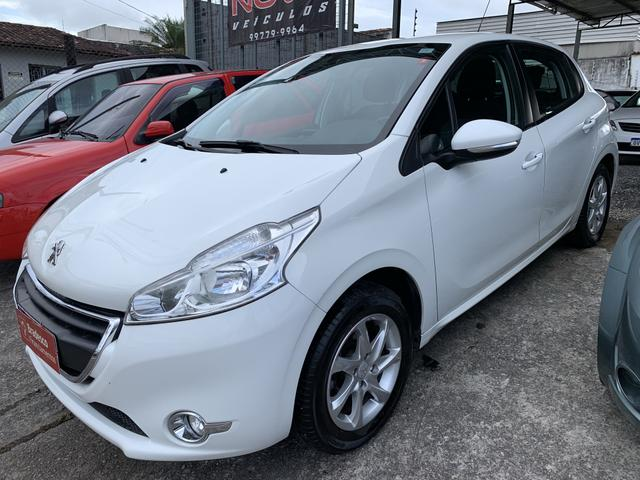 Peugeot 208 2014 completo financio!! - Foto 2