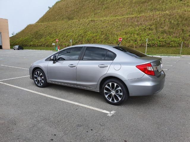 Honda Civic LXR 2.0 2015 - IPVA 2020 Pago - Foto 12