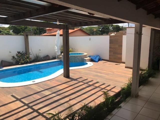 Casa maravilhosa com piscina dos sonhos - Ao lado da Rodoviária e 44 - Foto 6