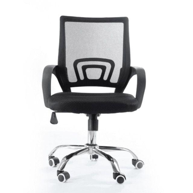 Cadeira Giratória Com Base Cromada