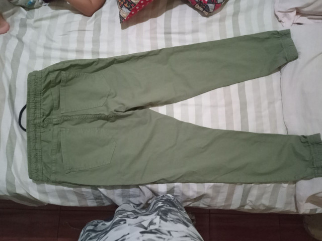 Vendo essa calça novinha n.40 - Foto 3
