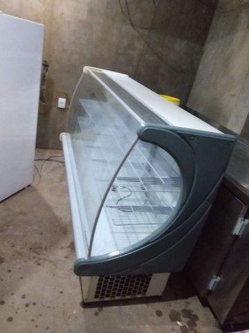 Balcão expositor refrigerado para mercearia - Foto 2