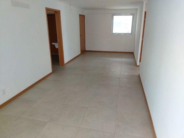 Vendo Apartamento no Edifício Varanda do Alto no Farol - Foto 5