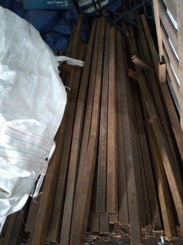 Vendo metalon 40x40 parede de 2mm - 5 reais o kg - Foto 2