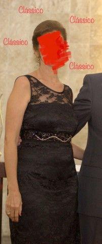 Vestido pretinho clássico