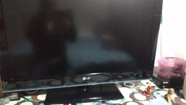Tv 32 - Foto 2