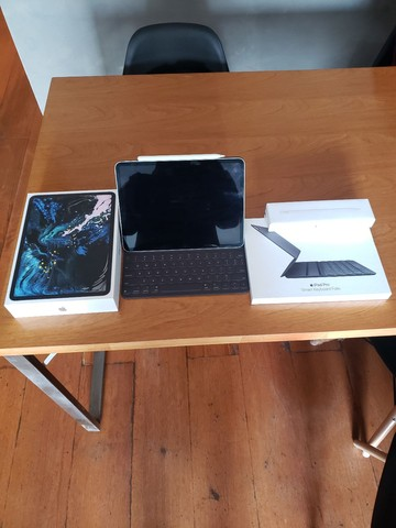 Ipad Pro 11 64GB modelo A1980 completo