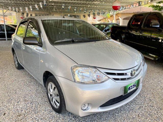 Toyota Etios xs 1.3  - Foto 2