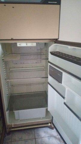 Vendo geladeira  e estufa os dois por 500