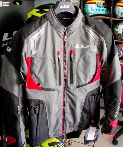 Baratíssimo. Conjunto jaqueta e calça de motociclista LS2 - Foto 3