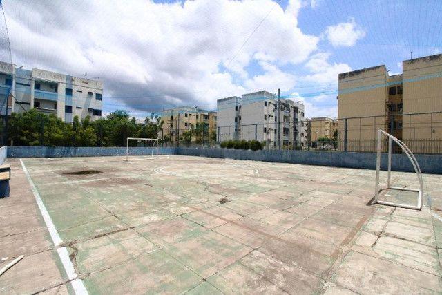 Alugo apartamento no condomínio Santa Marta - Ininga.