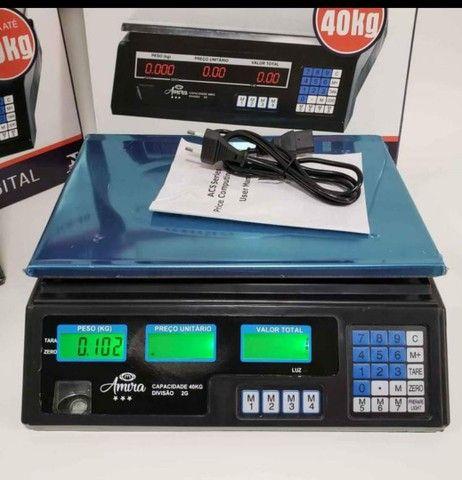 Balança digital 40 kg nova e com bateria interna