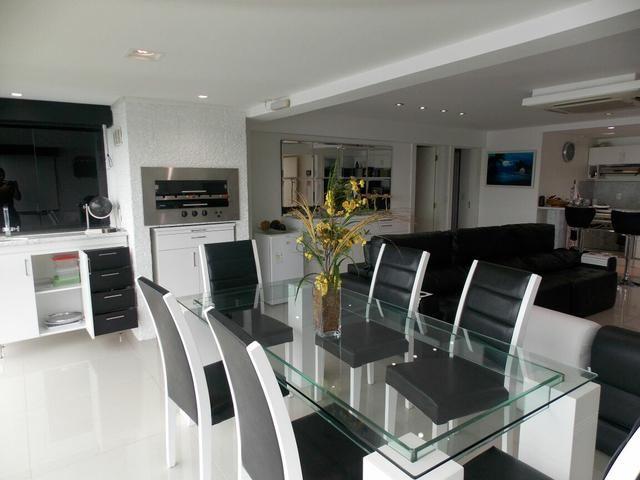 Apartamento modelo casa decorado 03 suites no porto real for Modelos de apartamentos