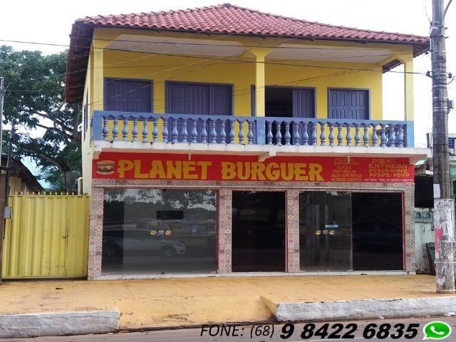 Casa e ponto comercial (em frente o calçadão da gameleira)