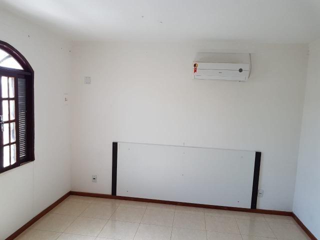 Itapuã Salvador Casa de 4/4 com 2 andares, rua sem saída - Foto 5
