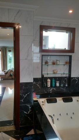 Excelente Cs de Condomínio 443 M2 4 Qts 02 suítes mobiliada finíssimo acabamento !!! - Foto 2
