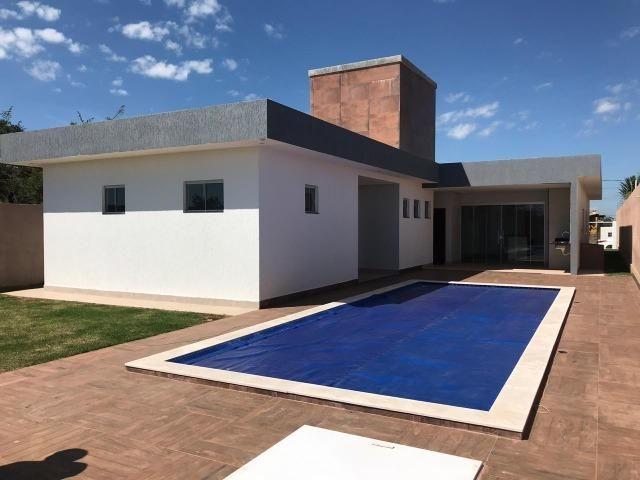 Casa a venda condomínio Alto da Boa Vista / 03 Quartos / Sobradinho DF / Suíte / Piscina /