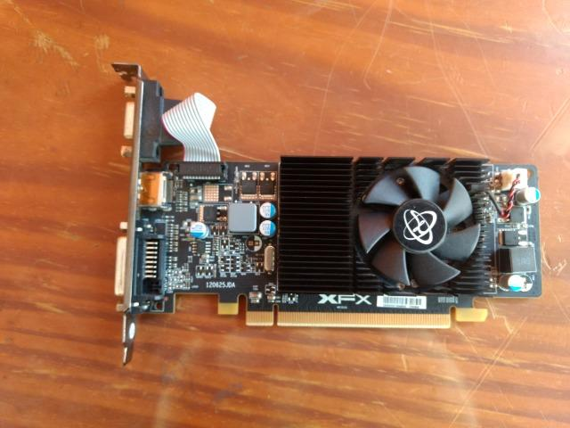 Placa De Video Xfx 2Gb Amd Graphics Card Radeon R5 230 2gb Ddr3 Xfx  Funcionando perfeitame