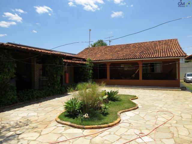 Vendo casa no setor de mansões, 3 quartos / suíte / piscina / churrasqueira / próximo a ca - Foto 4