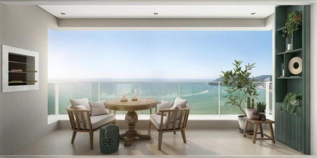 Apartamento Alto Padrão com Vista para o Mar - 04 Suítes - Sacada com Churrasqueira
