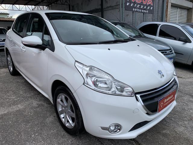 Peugeot 208 2014 completo financio!!