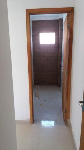 Apartamento 2 dormitório sendo 1 suíte bem localizado nós - Foto 2