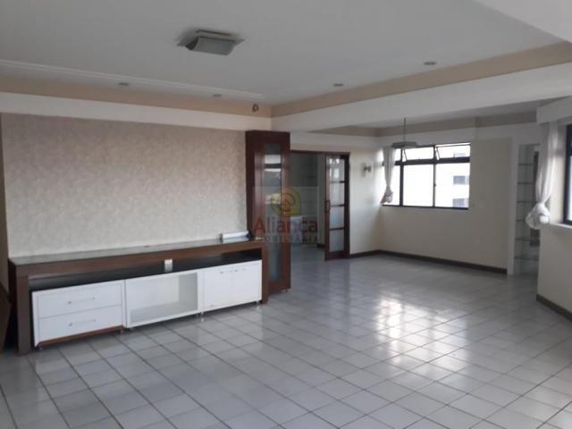 Apartamento para alugar com 3 dormitórios em Lagoa nova, Natal cod:LA-11235 - Foto 6