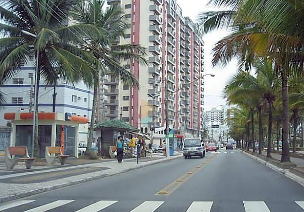 Apartamento com 2 dormitórios para alugar, 1 m² por R$ 1.800,00/mês - Vila Guilhermina - P - Foto 19